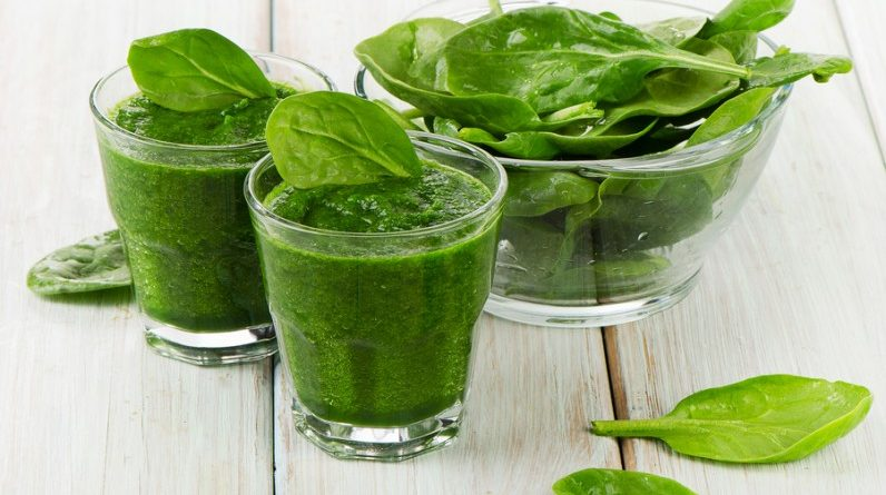 bigstock-Healthy-Green-Smoothie-64683937-796x560