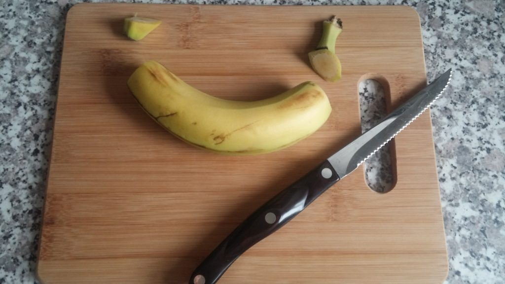 cut-off-banana-ends