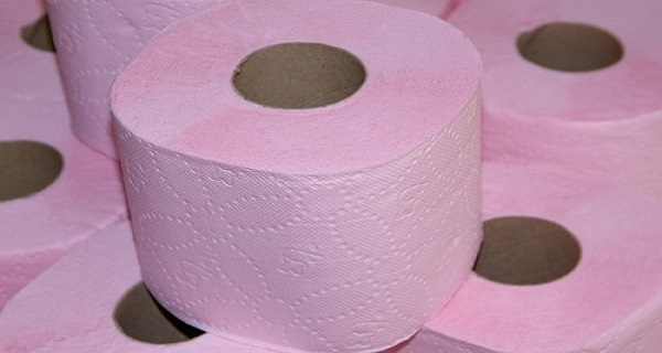 Fragrant-Toilet-Paper-Is-DANGEROUS-FOR-YOUR-HEALTH-Heres-why-you-should-NEVER-use-it