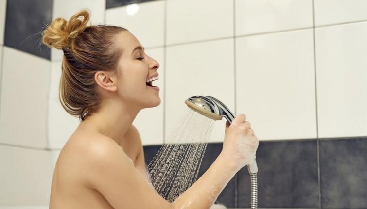 chanter-sous-la-douche