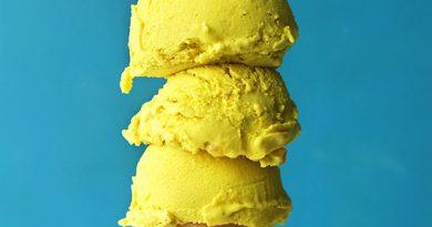 golden-milk-ice-cream-square