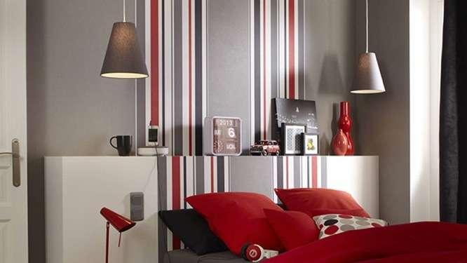Chambre Rouge Et Grise : Styles de couleurs idéales pour favoriser le sommeil